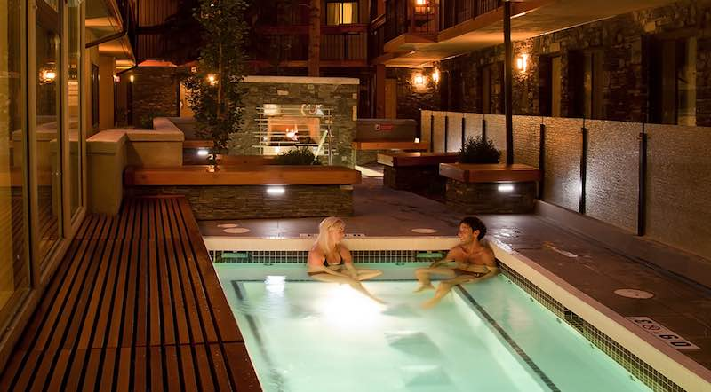 Outdoor hot tub at Banff Aspen Lodge, Banff National Park.