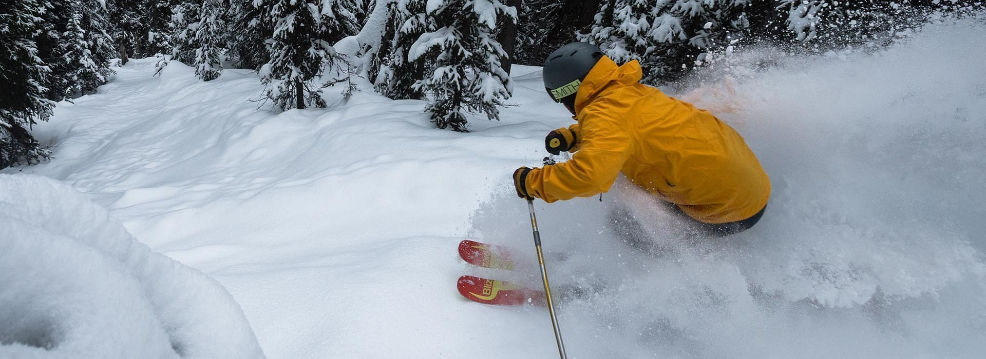 5 REASONS TO BOOK YOUR SKI VACATION EARLY - FEATURE IMAGE
