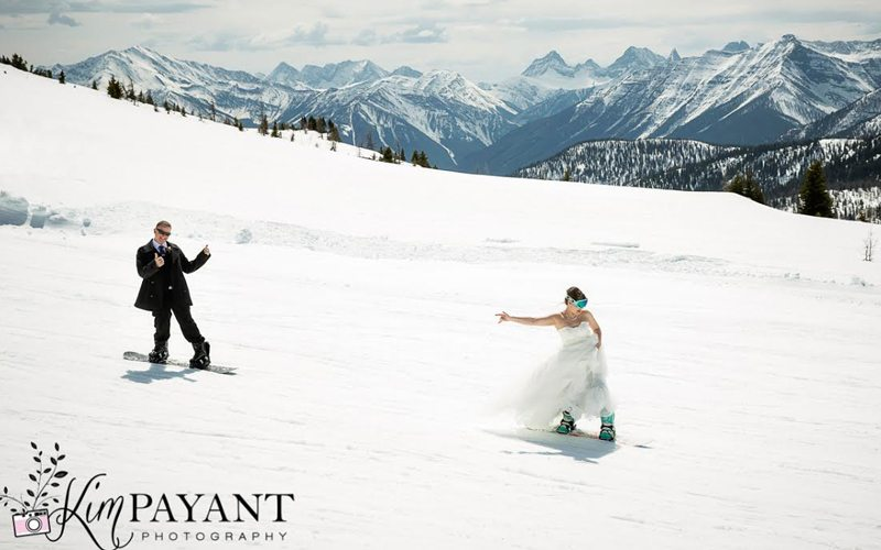 Sunshine Village offers wedding-worthy snow and mountain views. Photo: kimpayantphotography.com