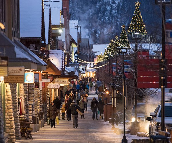 Christmas Shopping on Banff Ave, Banff National Park