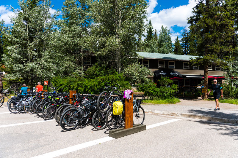 Johnston Canyon Cafe